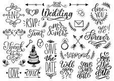 Gezogener Hochzeitssatz Lorbeer, Ringe, Blumen, Herzen usw. Handgeschriebene Phrasensammlung des Vektors sparen das Datum, RSVP lizenzfreie abbildung