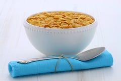 Gezond cornflakesontbijt Stock Afbeeldingen