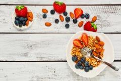 Gezond de levensstijlidee van FO van het Granolaontbijt stock fotografie