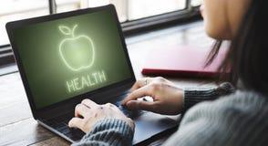 Gezond het Eten van Apple van de gezondheidsvoeding Organisch Concept stock afbeeldingen