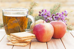 Gezond ontbijt met een kop thee Stock Foto's