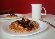 Gezond ontbijt voor geschikte of vegetarische mensen Stock Foto's