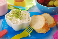 Gezond ontbijt voor kind royalty-vrije stock foto