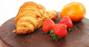Gezond ontbijtvoedsel op geïsoleerde witte achtergrond Stock Foto