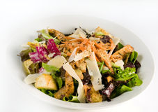 Gezond saladediner op wit Stock Afbeeldingen