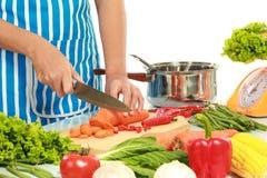 Gezond voedsel op de lijst in de keuken Royalty-vrije Stock Afbeeldingen