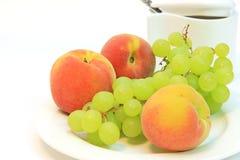 Gezond voedsel. Verse vruchten Royalty-vrije Stock Foto's