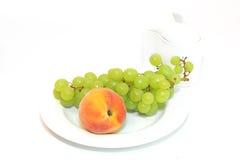 Gezond voedsel. Verse vruchten Royalty-vrije Stock Afbeeldingen