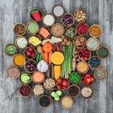 Gezond voedsel voor het gezond leven stock fotografie