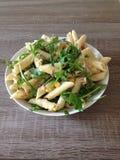 Gezonde deegwaren salade Royalty-vrije Stock Foto