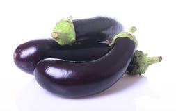 Gezonde en heerlijke purpere aubergines Royalty-vrije Stock Foto's