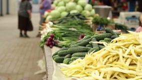 Gezonde Groenten bij Traditionele Markt stock footage