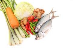 Gezonde groenten en vissen Royalty-vrije Stock Afbeeldingen