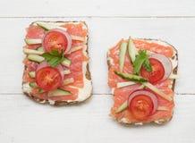 Gezonde open sandwiches royalty-vrije stock afbeeldingen