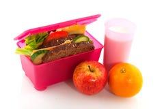 Gezonde roze lunchdoos royalty-vrije stock fotografie