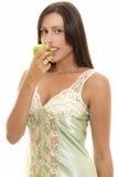 Gezonde Snacking, vrouw met appel stock afbeeldingen
