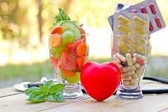 Gezonde voeding en supplementen royalty-vrije stock foto