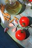 Gezonde voedsel, deegwaren en tomaten Stock Afbeeldingen
