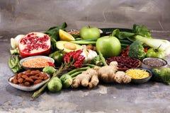 Gezonde voedsel schone het eten selectie E stock foto