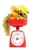 Gezonde vruchten met schaal Royalty-vrije Stock Foto's