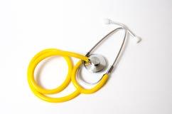 Gezondheid: geïsoleerd stethoscoop geel royalty-vrije illustratie