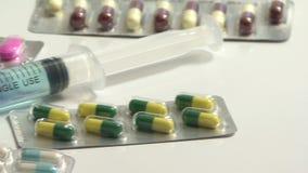 Gezondheidszorg en Geneeskunde Spuitclose-up stock video