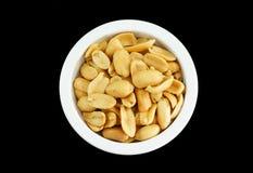 Gezouten geïsoleerde pinda's, Stock Foto's