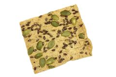 Gezouten koekjes met zaden van karwij en pompoen Stock Afbeeldingen