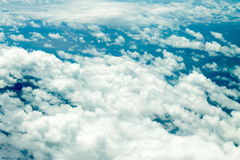 Gezwollen wolken Stock Afbeeldingen