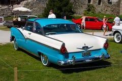 GH 1956 de Ford Fairlane 2D Fotografia de Stock