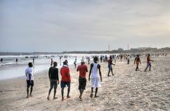 Ghanaians sulla spiaggia per il 1° maggio, festa di giorno di lavoro Fotografia Stock Libera da Diritti