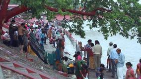 Ghat bei Haridwar stock video footage