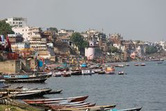Ghat bruciante a Varanasi, India Fotografie Stock Libere da Diritti