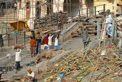 Ghat de la cremación de Varanasi Fotografía de archivo libre de regalías