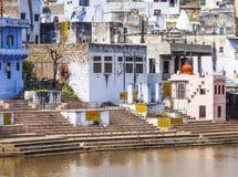 Ghat nel lago santo in Pushkar Fotografia Stock