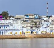 Ghat nel lago santo in Pushkar Fotografie Stock