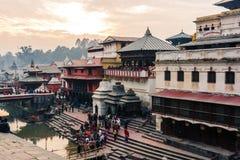 Ghats в Pashupatinath, Катманду, Непале стоковое изображение rf