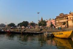 Ghats indou à Varanasi photos libres de droits