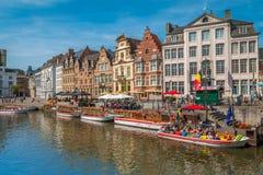 Ghent kanaler i Belgien Arkivbild