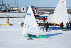 Ghiacci la squadra di corsa di barca Fotografia Stock