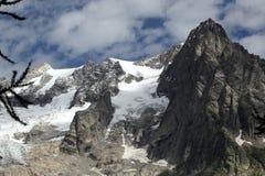 Ghiacciai di fusione sull'alpe italiana Fotografie Stock Libere da Diritti
