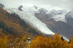 Ghiacciaio in alte montagne Fotografia Stock Libera da Diritti