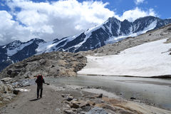 Ghiacciaio austriaco Pasterze del ghiacciaio delle alpi delle montagne Immagini Stock Libere da Diritti