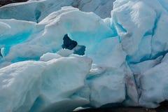 Ghiacciaio blu in Norvegia possa Fotografia Stock Libera da Diritti