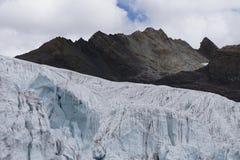 Ghiacciaio di Pastoruri, Peru Andes Mountain immagini stock
