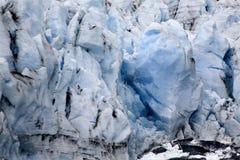 Ghiacciaio ghiacciato blu Crevaces Alaska di Portage fotografia stock libera da diritti