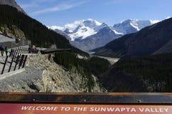Ghiacciaio Skywalk della valle di Sunwapta Immagini Stock