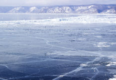 Ghiaccio-deriva sul lago Baikal Fotografie Stock
