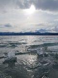 Ghiaccio-Rompa nel lago Laberge, il territorio di Yukon, Canada immagini stock