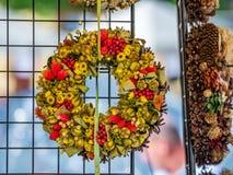 Ghirlanda fatta dei fiori secchi Immagine Stock